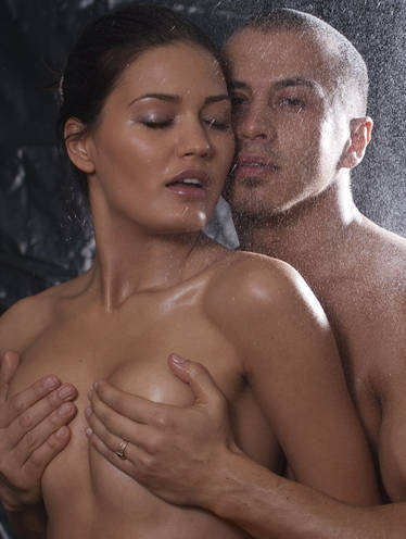 women men pics kissing breast